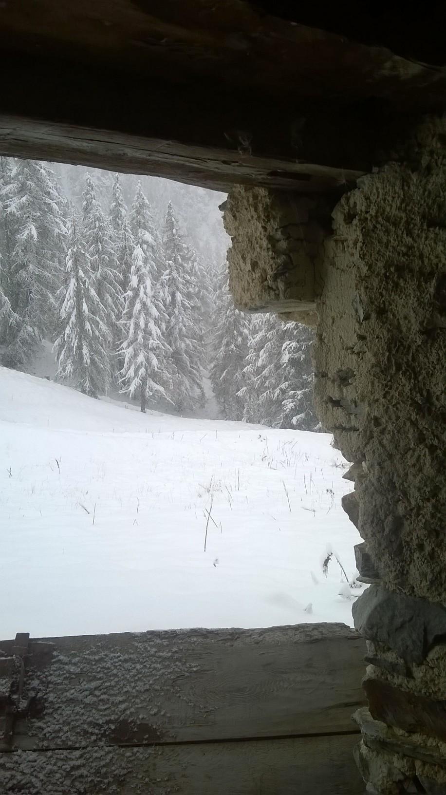 neve-finestra-heidi